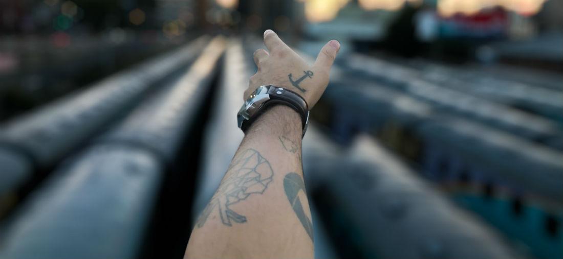 Tattoo Op Je Hand Voorbeelden Ter Inspiratie Man Man