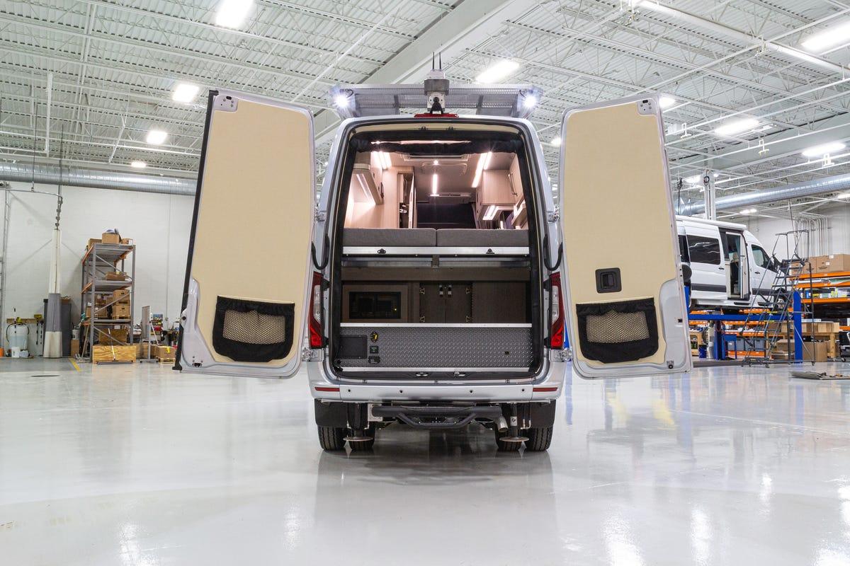 Camper in Mercedes-benz