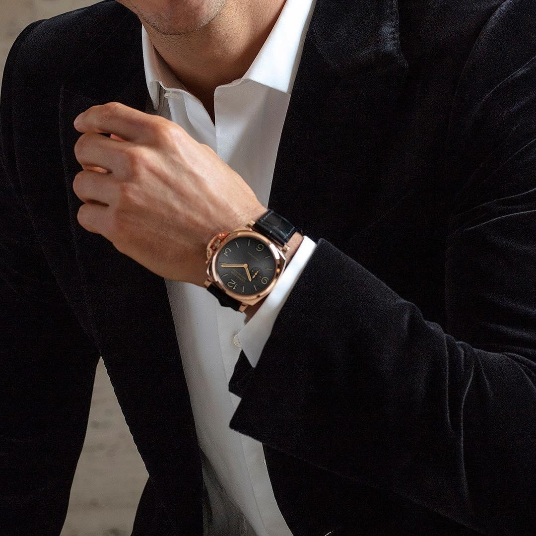 grote horloges brede polsen