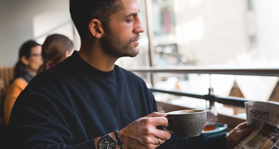 Waarom moet je poepen na koffie