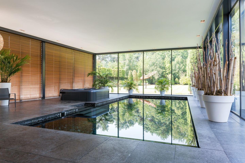 zwembad villa brabant