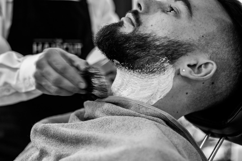 hoe baard vormgeven stappen