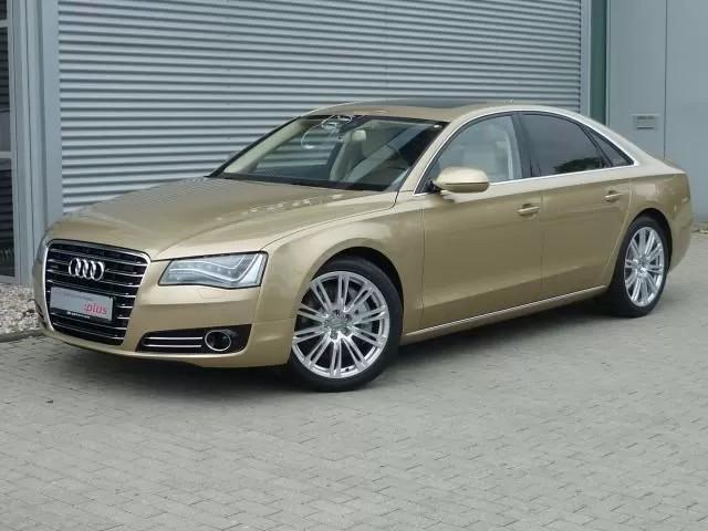 Gouden auto Louis van Gaal