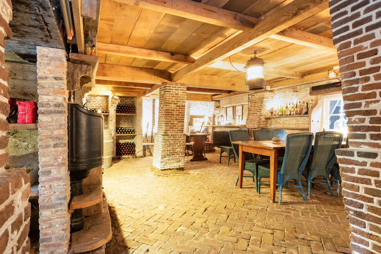 huis met wijnkelder te koop Funda Leiden