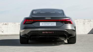 Tesla heeft er met de nieuwe Audi e-tron GT een waardige concurrent bij