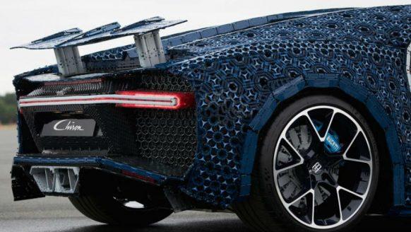 De dikste creatie ooit: een Bugatti Chiron gemaakt van LEGO
