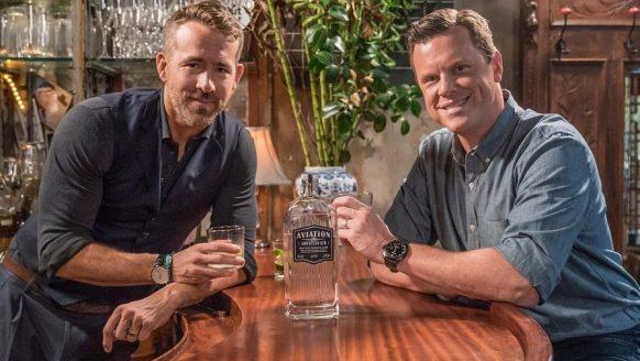 Ryan Reynolds lanceert een eigen Gin en promoot hem als een échte baas