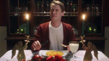 Home Alone acteur kruipt na zo'n 20 jaar terug in zijn rol in deze geniale commercial