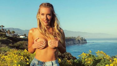 Camille Kostek is het nieuwste Sports Illustrated Swimsuit model, en wij snappen waarom