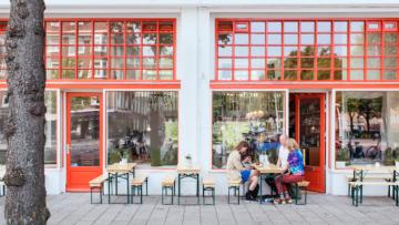 Deze nieuwe hotspot is een bar annex galerie in onze hoofdstad