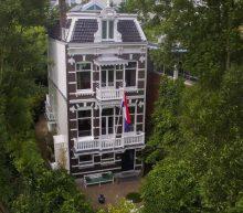 Te koop voor €4.5 miljoen: een villa met het Vondelpark als achtertuin