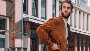 Lente jassen voor mannen: de stijlvolste modellen voor dit seizoen