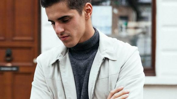 Suède jas voor mannen: zo combineer jij de zomer jassen met je outfit