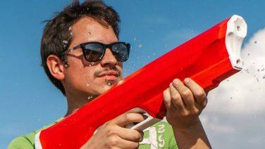 Met het Spyra One waterpistool ben jij dé baas van deze zomer