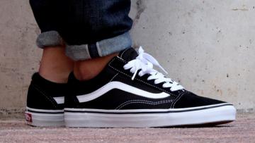 Canvas sneakers: met deze mannen sneakers kom jij de zomer door