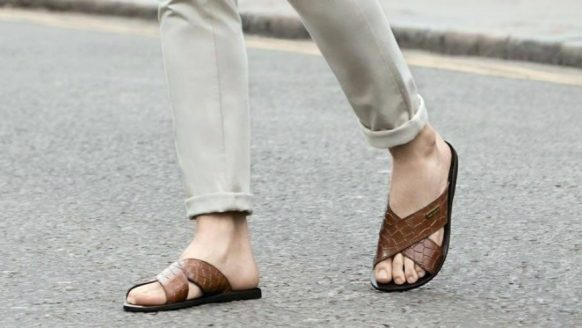Zo combineer je sandalen met je kleding