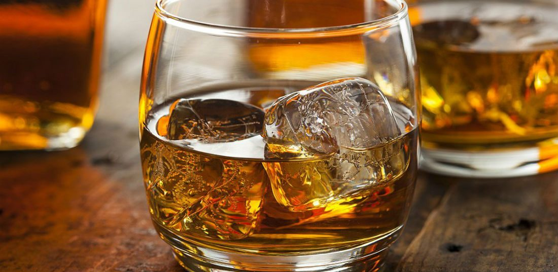 5 goedkope whisky's die zo verrassend lekker zijn dat jij omver wordt geblazen