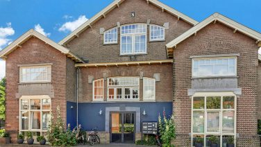 Te koop in Haarlem: oude kazerne omgetoverd tot fantastisch New Yorks' loft