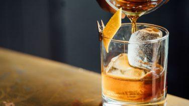 Whisky schenken: alles wat jij moet weten als je deze stoere drank serveert