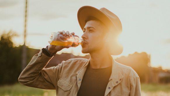 Afvallen met juicen: zo raak jij snel kilo's kwijt met sapjes