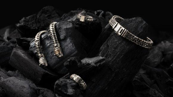 Buddha to Buddha lanceert een nieuwe collectie sieraden met zwart matte finish