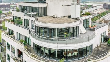 Parel op Funda: luxe penthouse in Amsterdam staat te koop voor €1,5 miljoen