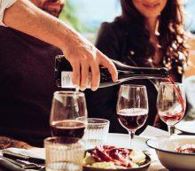 Welke wijn past bij welk gerecht? Dé gids voor de feestdagen