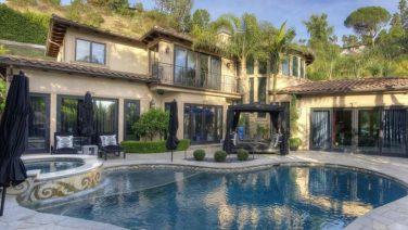 De bizarre villa van Dr. Phil staat te nu koop voor miljoenen