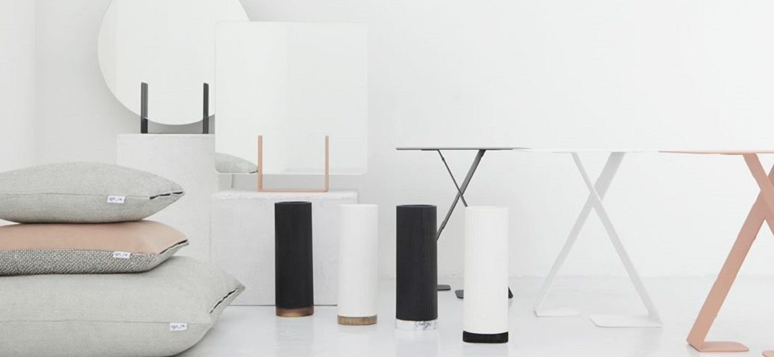 Amsterdamse designstudio Ignore lanceert minimalistische meubels en interieur accessoires