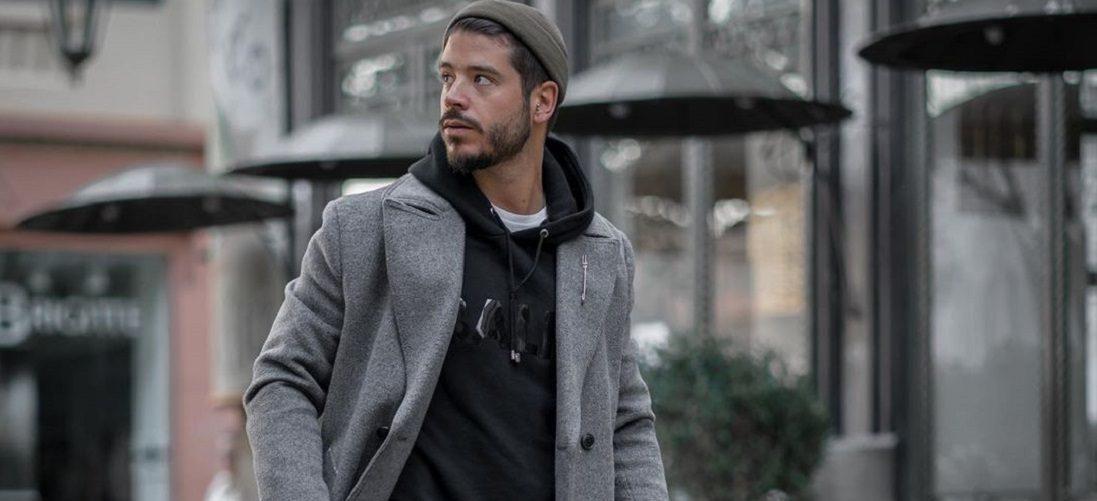 Hoodie dragen: 5 combinaties om meer uit je trui te halen