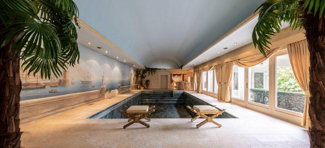 Oude villa van drugscrimineel staat nu te koop in België