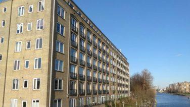 Ongelofelijk: Amsterdamse woning van 10 m2 staat voor bizar bedrag te koop op Funda