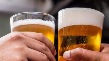 Waarom ruikt bier weleens naar wiet? Het logische antwoord