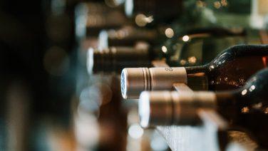 Lekkere rosé, witte en rode wijnen uit de supermarkt onder de €7,50 (volgens De Kleine Hamersma)