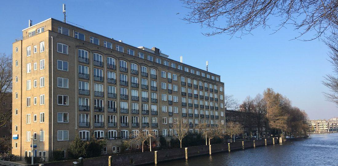 Amsterdams mini appartement van 11 m2 staat voor een belachelijke prijs te koop op Funda