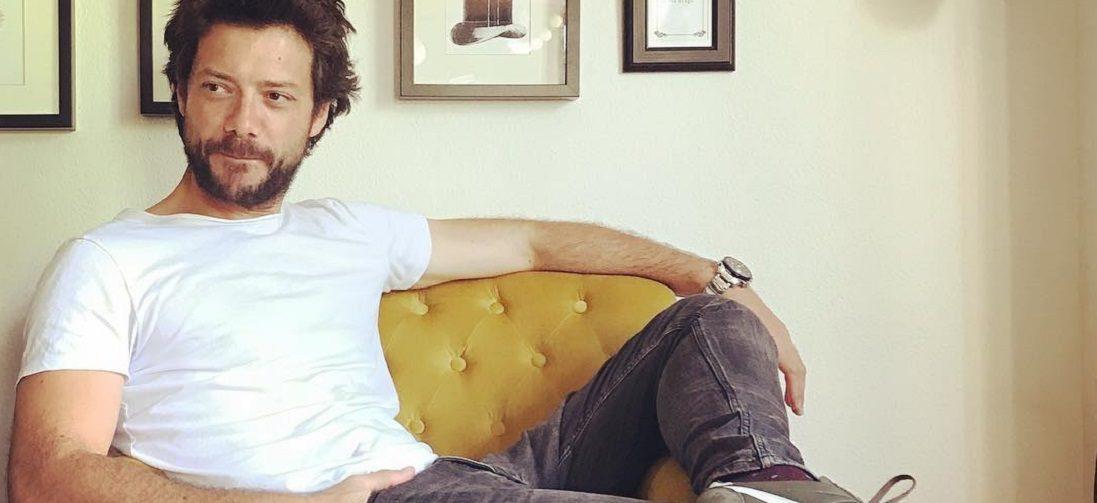 Álvaro Morte (El Profesor in La Casa de Papel) heeft een stijlvolle Instagram