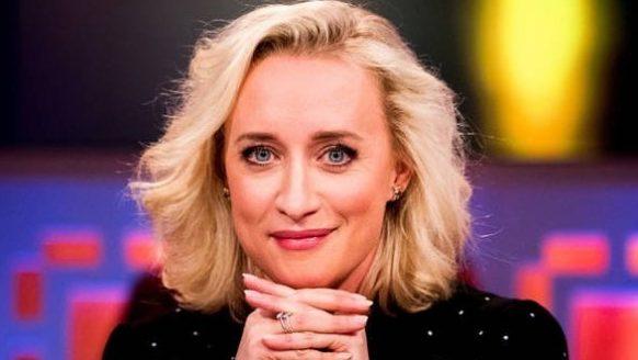 Het salaris van Eva Jinek: ze gaat veel meer verdienen bij RTL