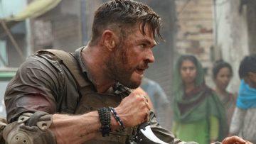 """Netflix deelt waanzinnige kijkcijfers van de film Extraction: """"Grootste première ooit"""""""