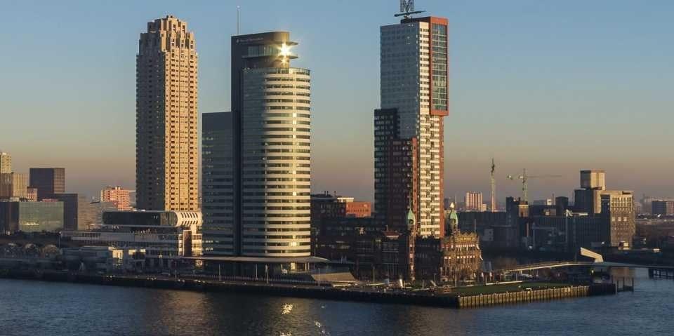 Dit is het onwijs luxe penthouse van Memphis Depay