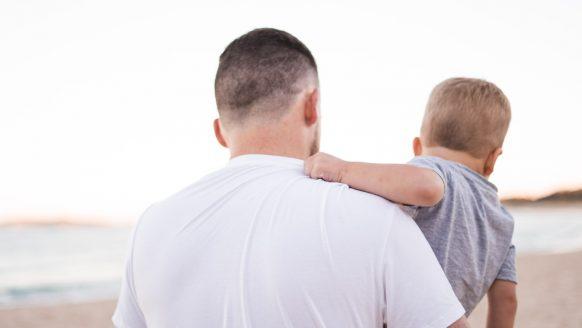 Onderzoek: ook opvallend veel mannen hebben last van depressie na de bevalling