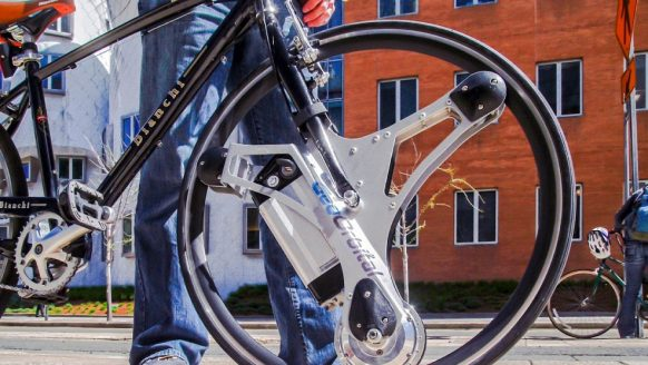 Met dit brute wiel maak jij van jouw fiets in 60 sec. een e-bike