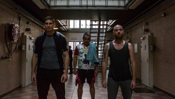 Netflix onthult eindelijk Undercover seizoen 2 release datum en eerste beelden