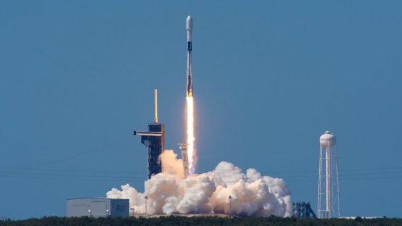 Vandaag is het ruimteschip van Elon Musk te zien vanuit Nederland