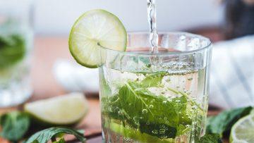 3 heerlijke alcoholvrije dranken om deze zomer te proberen
