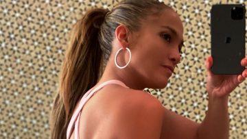 Jennifer Lopez gaat viral met een foto in een strakke sportlegging