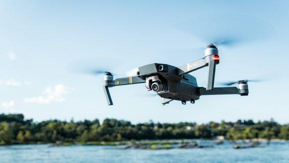 Goedkope drones waarmee jij als beginner mee kan stunten