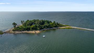 Jij kan nu de eigenaar worden van dit privé-eiland nabij New York