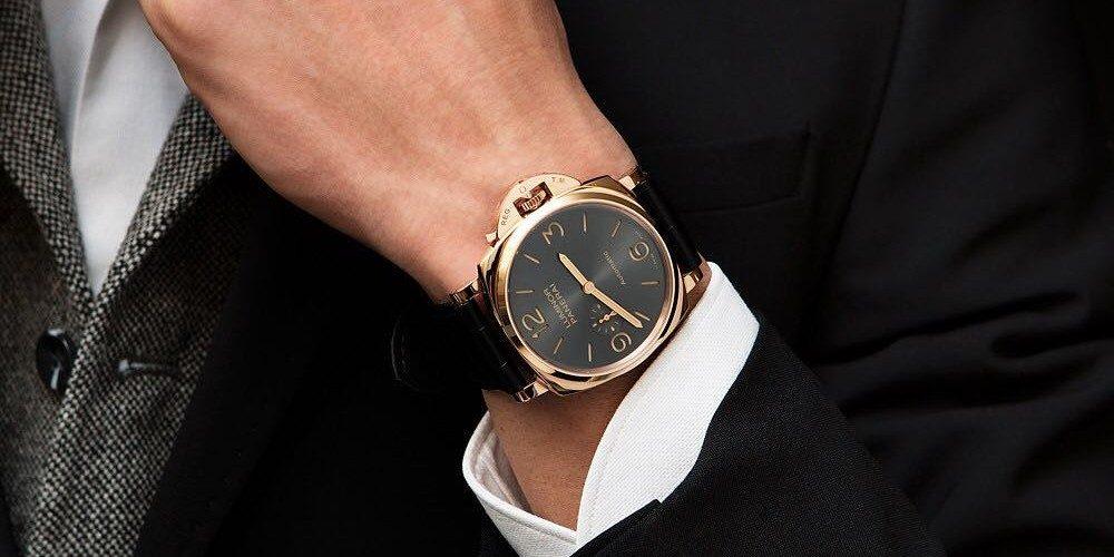 Grote horloges voor mannen met brede polsen
