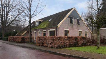 Neem een kijkje in de losstaande villa van VI-analist Johan Derksen