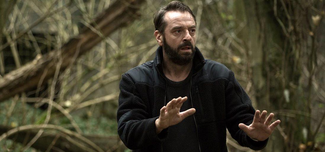 Fans opgelet: Undercover seizoen 2 komt niet direct volledig op Netflix